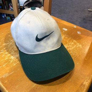 VINTAGE Nike Two-tone Snapback